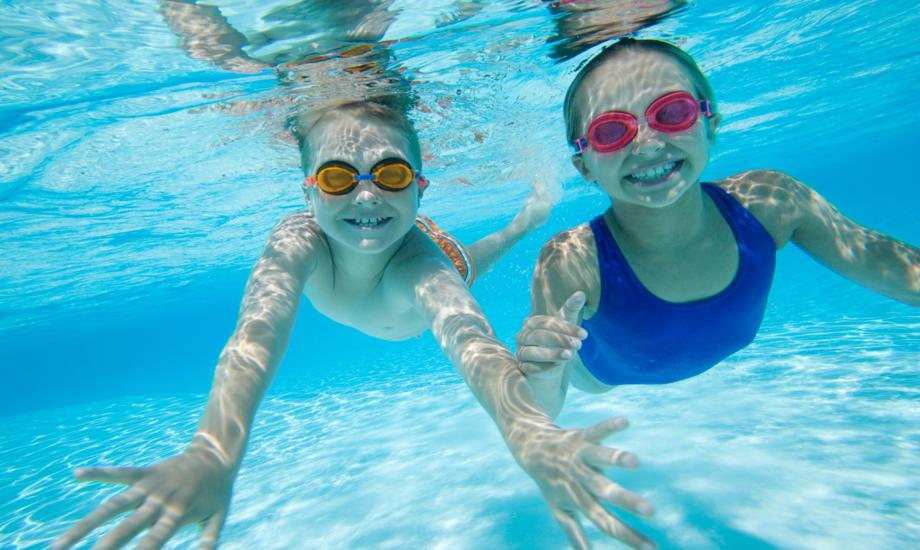 Images: Swim Lessons Children 2_920x550.jpg